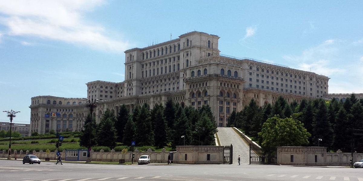 Bukarest: Auf den Spuren von Ceaușescu und Dracula
