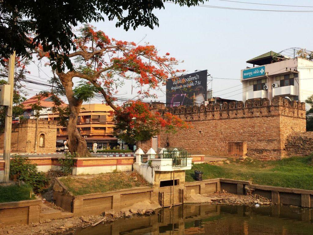 Chang Phuak White Elephant Gate